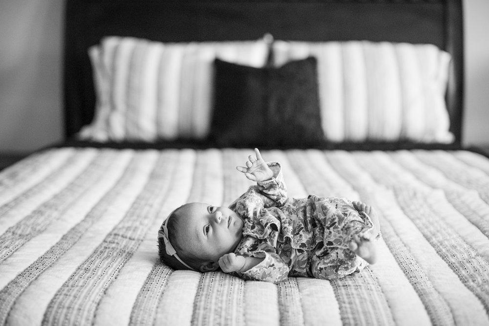 Seriously_Sabrina_Photography_Lexington_Kentucky_Lifestyle_In_Home_Newborn_MaisyWard35.jpg