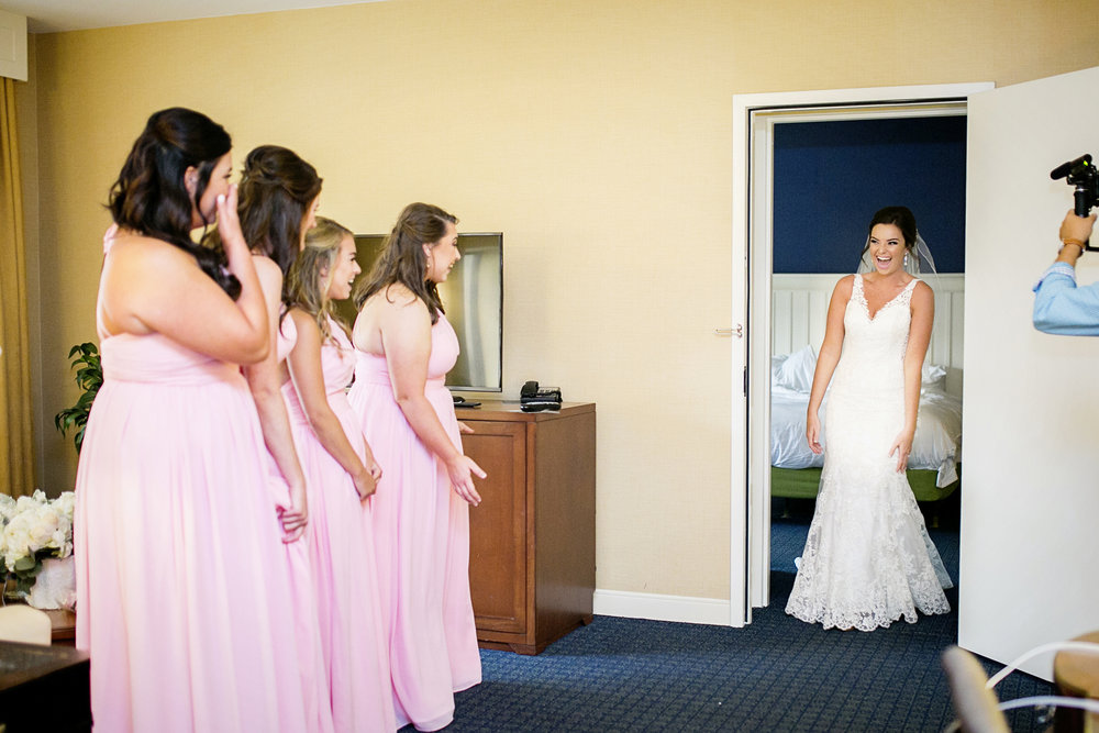 Seriously_Sabrina_Photography_Lexington _Kentucky_Limestone_Hall_Wedding_Rogers24.jpg