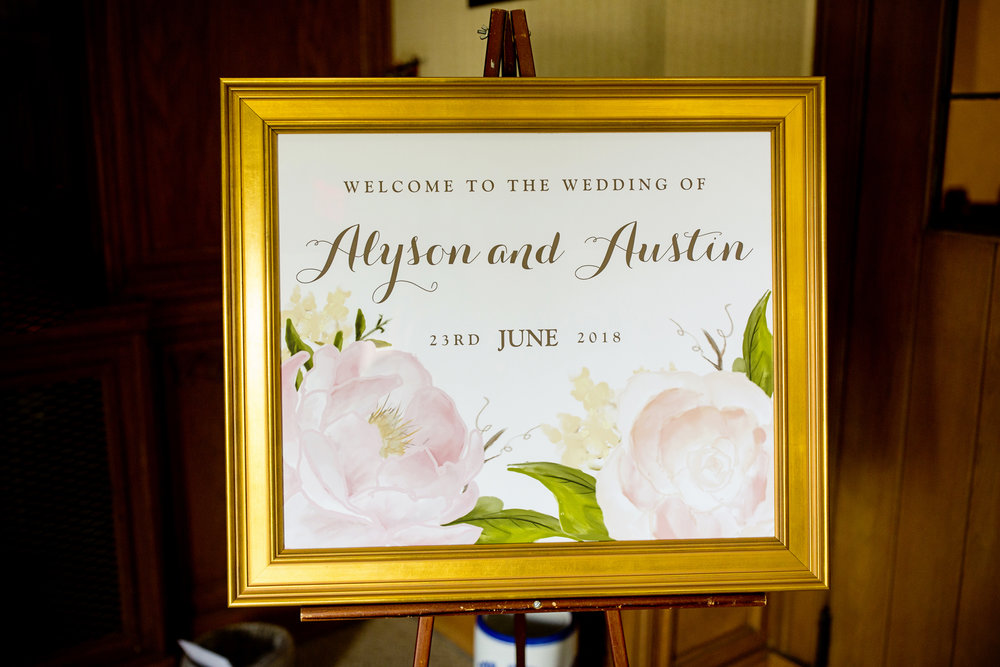 Seriously_Sabrina_Photography_Lexington _Kentucky_Limestone_Hall_Wedding_Rogers54.jpg