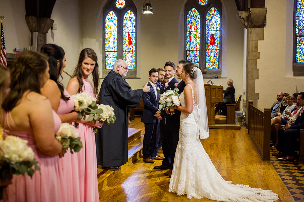 Seriously_Sabrina_Photography_Lexington _Kentucky_Limestone_Hall_Wedding_Rogers59.jpg
