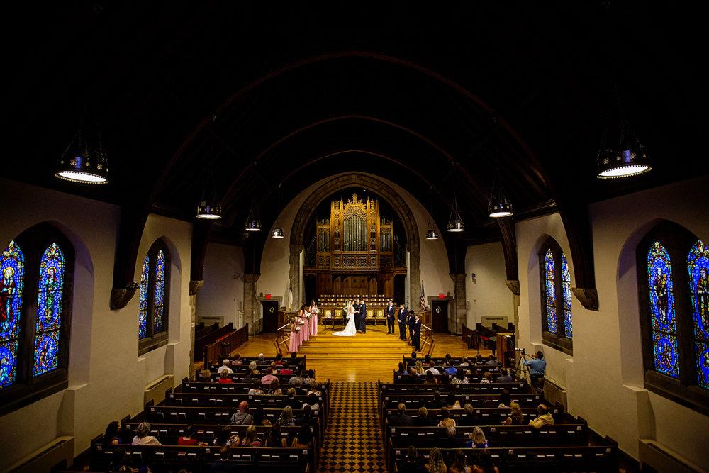 Seriously_Sabrina_Photography_Lexington _Kentucky_Limestone_Hall_Wedding_Rogers62.jpg