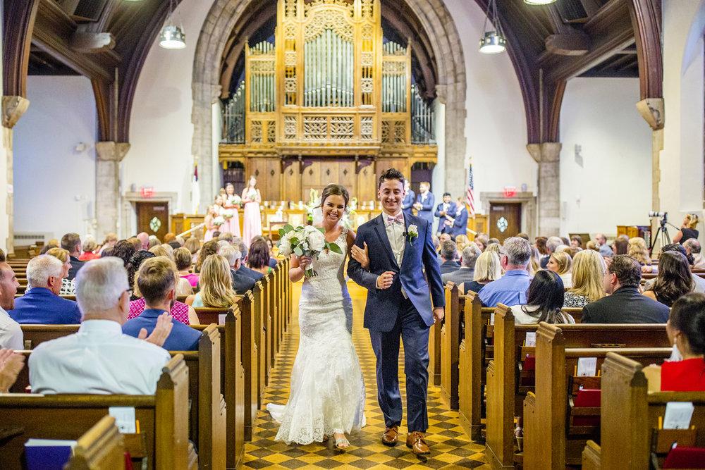 Seriously_Sabrina_Photography_Lexington _Kentucky_Limestone_Hall_Wedding_Rogers66.jpg
