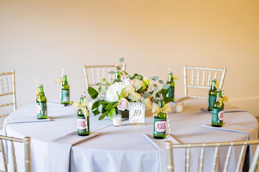 Seriously_Sabrina_Photography_Lexington _Kentucky_Limestone_Hall_Wedding_Rogers81.jpg