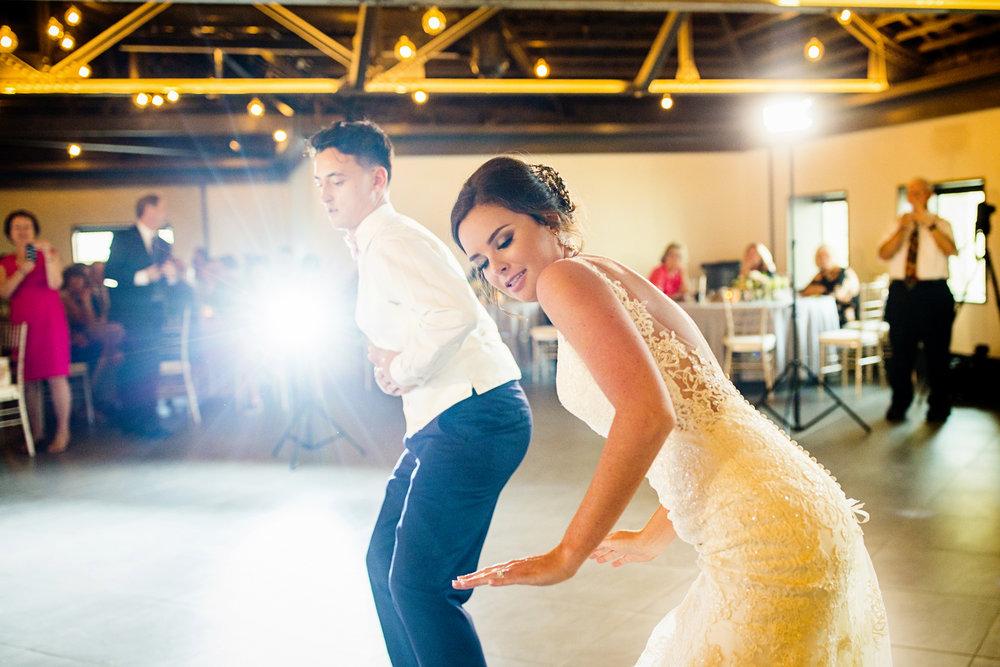 Seriously_Sabrina_Photography_Lexington _Kentucky_Limestone_Hall_Wedding_Rogers98.jpg