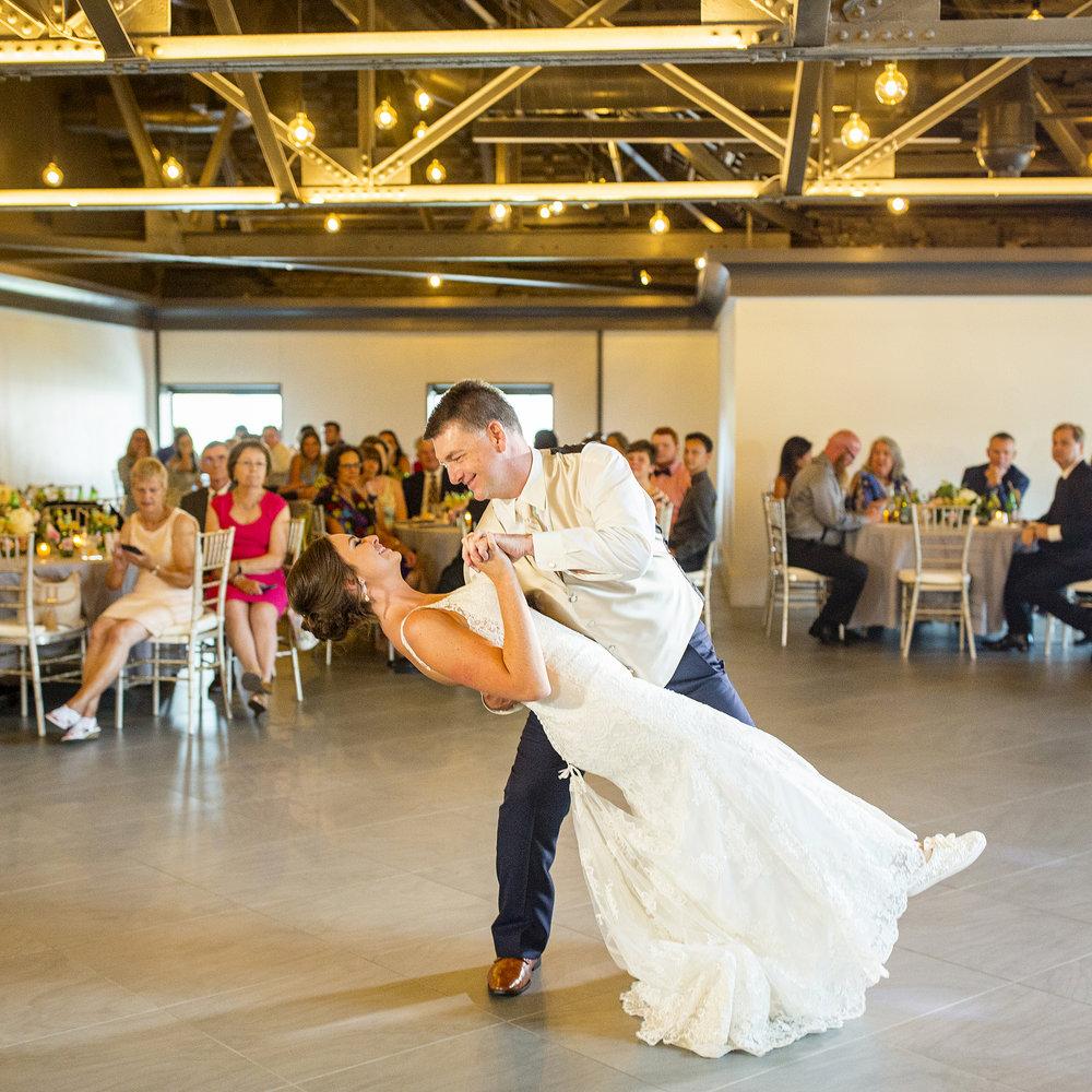 Seriously_Sabrina_Photography_Lexington _Kentucky_Limestone_Hall_Wedding_Rogers104.jpg