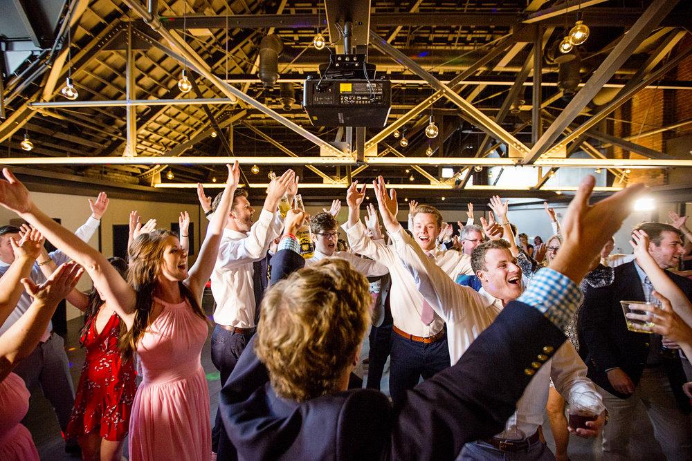 Seriously_Sabrina_Photography_Lexington _Kentucky_Limestone_Hall_Wedding_Rogers147.jpg