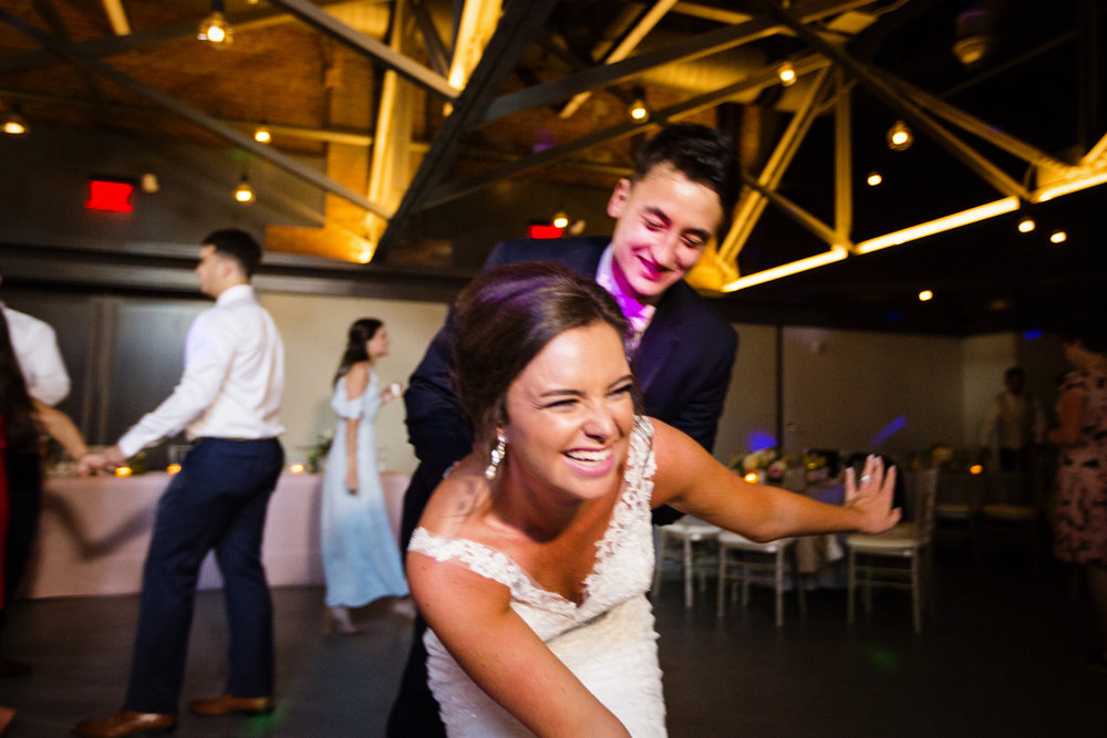 Seriously_Sabrina_Photography_Lexington _Kentucky_Limestone_Hall_Wedding_Rogers155.jpg