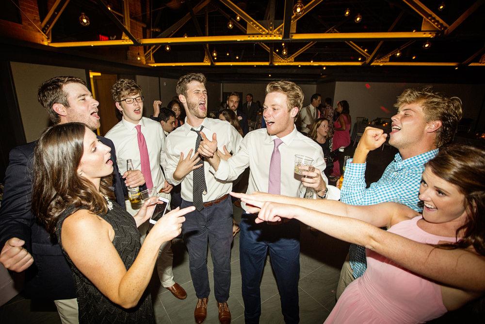 Seriously_Sabrina_Photography_Lexington _Kentucky_Limestone_Hall_Wedding_Rogers160.jpg