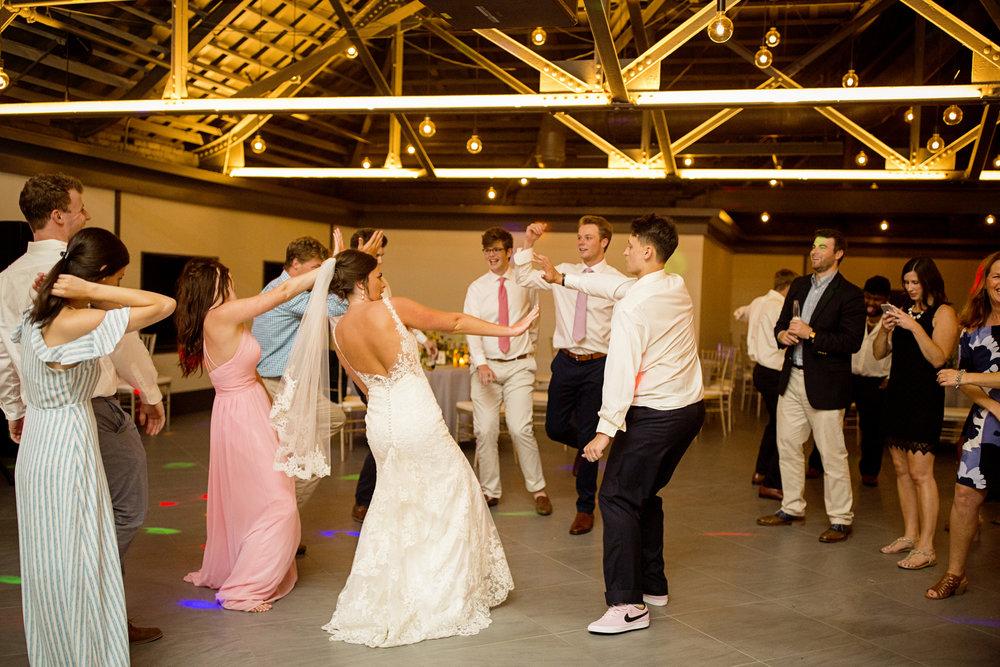 Seriously_Sabrina_Photography_Lexington _Kentucky_Limestone_Hall_Wedding_Rogers161.jpg