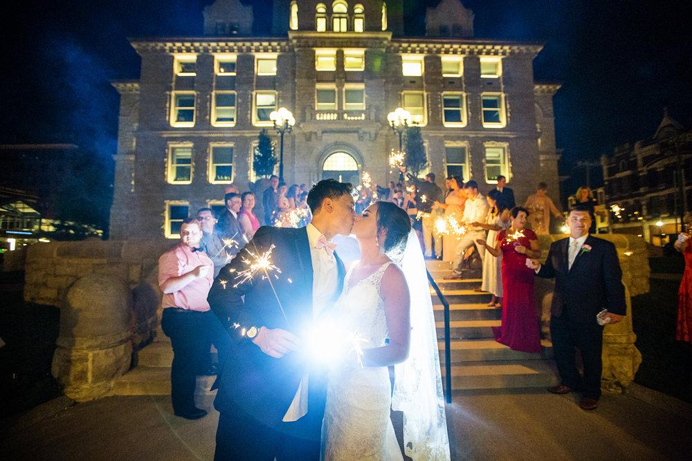Seriously_Sabrina_Photography_Lexington _Kentucky_Limestone_Hall_Wedding_Rogers166.jpg