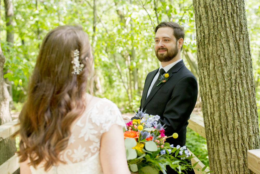 Seriously_Sabrina_Photography_Milwaukee_Wisconsin_Wedding_Schlitz_Audubon_Nature_Center_BrunderRife22.jpg