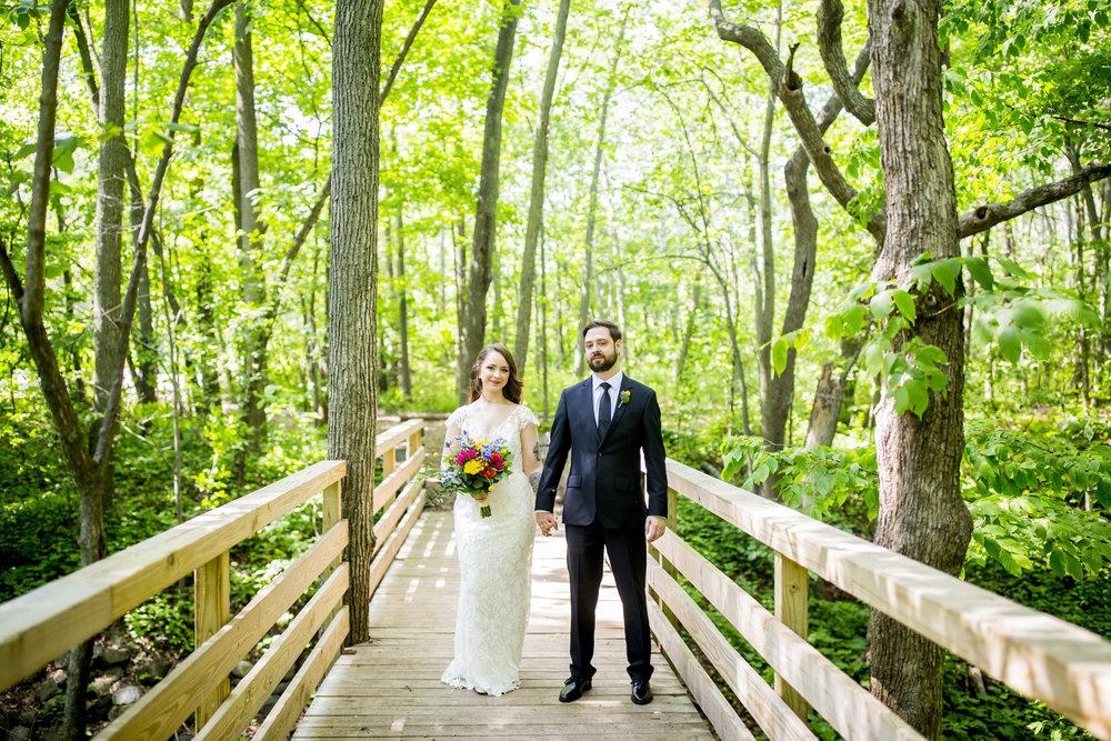 Seriously_Sabrina_Photography_Milwaukee_Wisconsin_Wedding_Schlitz_Audubon_Nature_Center_BrunderRife30.jpg