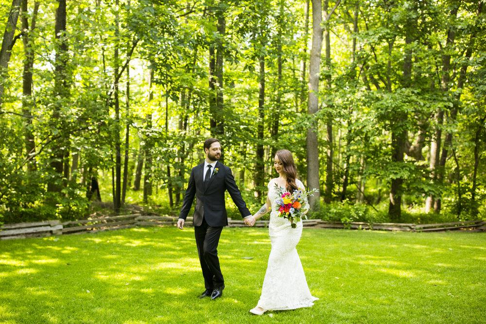 Seriously_Sabrina_Photography_Milwaukee_Wisconsin_Wedding_Schlitz_Audubon_Nature_Center_BrunderRife55.jpg