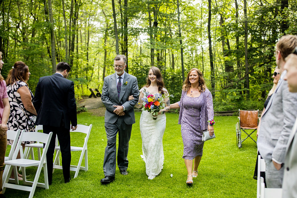 Seriously_Sabrina_Photography_Milwaukee_Wisconsin_Wedding_Schlitz_Audubon_Nature_Center_BrunderRife61.jpg