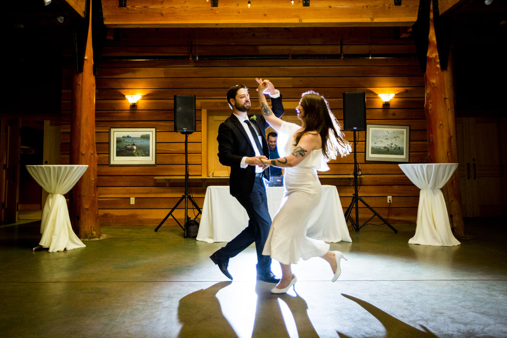 Seriously_Sabrina_Photography_Milwaukee_Wisconsin_Wedding_Schlitz_Audubon_Nature_Center_BrunderRife100.jpg