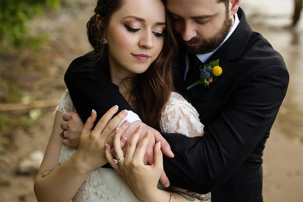 Seriously_Sabrina_Photography_Milwaukee_Wisconsin_Wedding_Schlitz_Audubon_Nature_Center_BrunderRife120.jpg