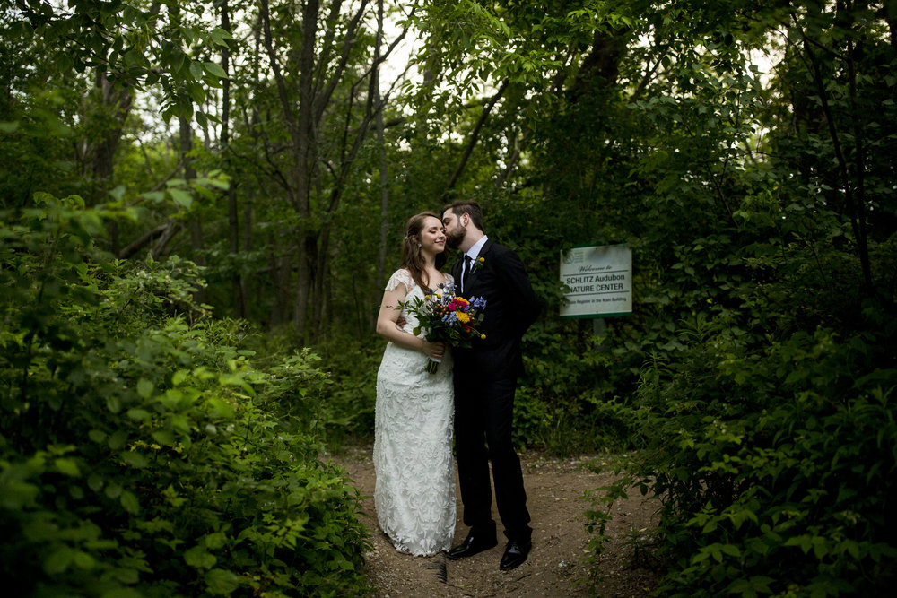 Seriously_Sabrina_Photography_Milwaukee_Wisconsin_Wedding_Schlitz_Audubon_Nature_Center_BrunderRife123.jpg