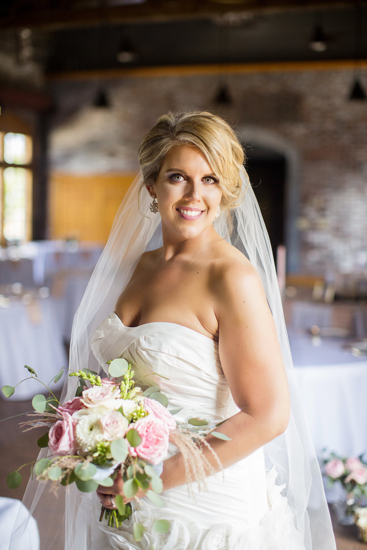 Seriously_Sabrina_Photography_Ashland_Kentucky_Train_Depot_Wedding_Parsons14.jpg