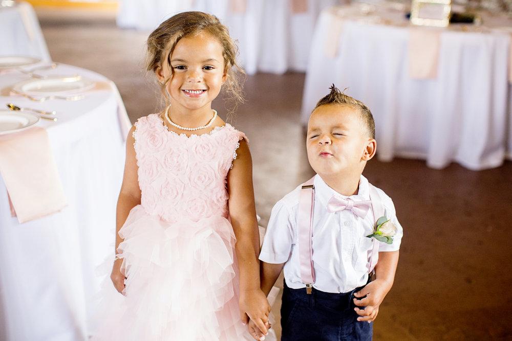 Seriously_Sabrina_Photography_Ashland_Kentucky_Train_Depot_Wedding_Parsons20.jpg