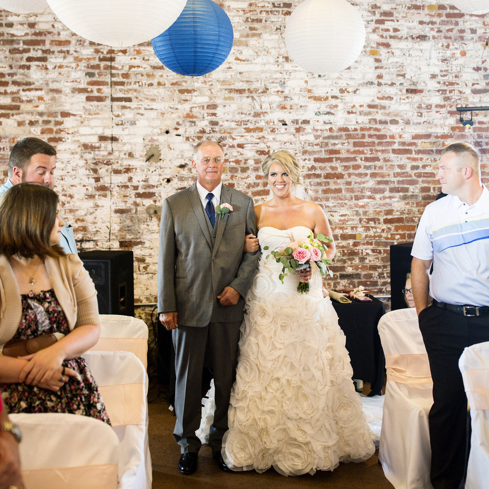 Seriously_Sabrina_Photography_Ashland_Kentucky_Train_Depot_Wedding_Parsons40.jpg