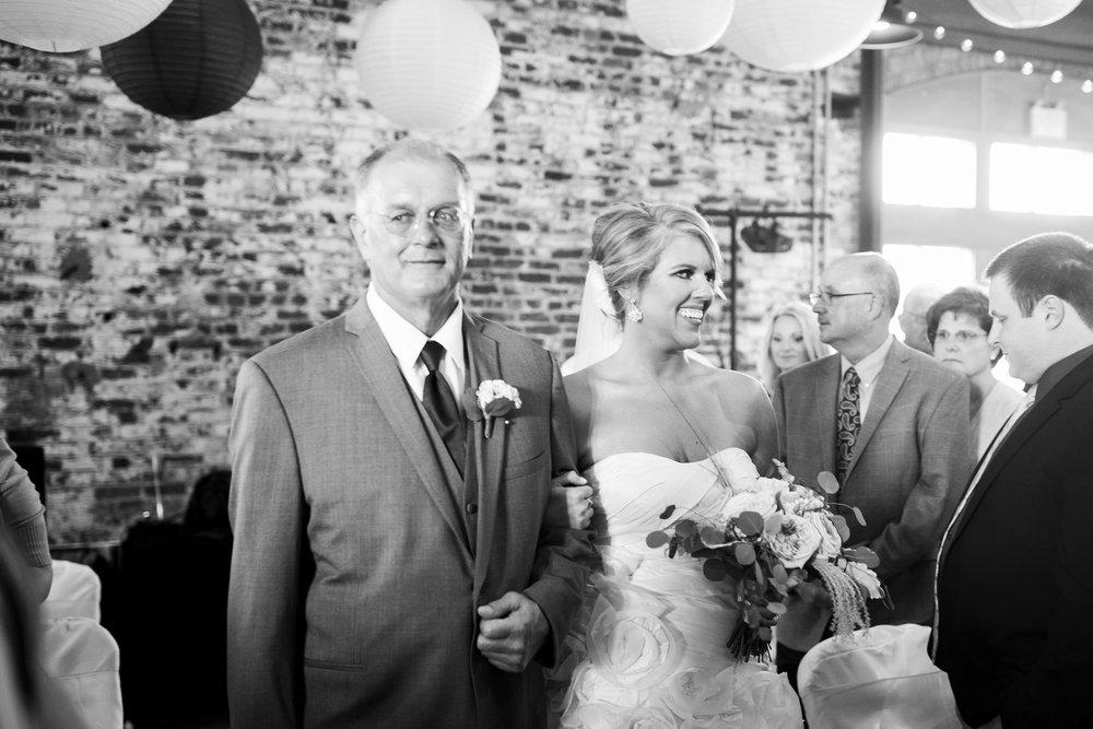 Seriously_Sabrina_Photography_Ashland_Kentucky_Train_Depot_Wedding_Parsons42.jpg