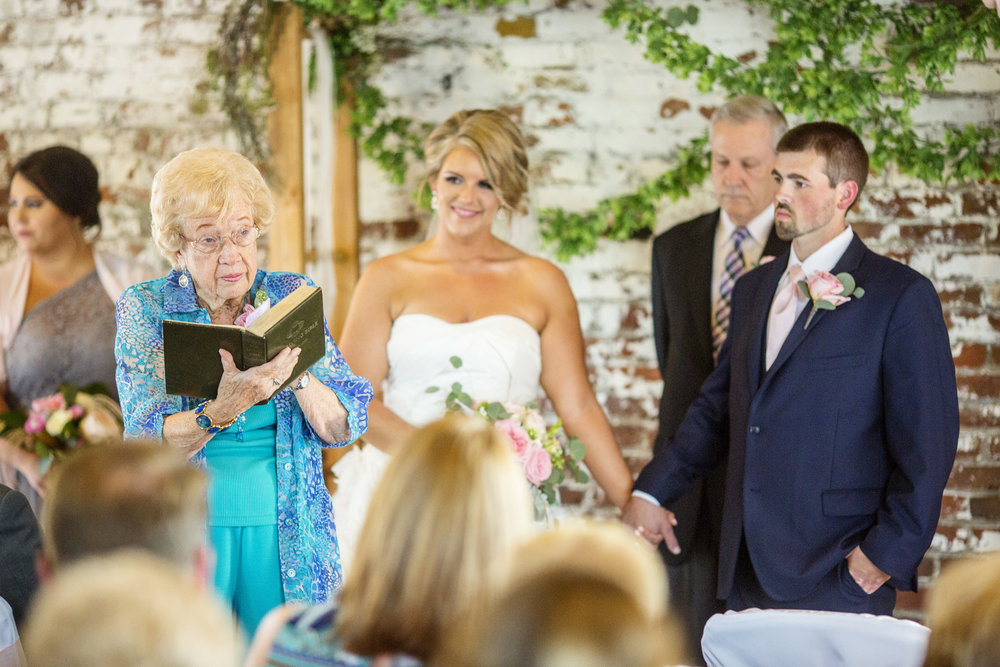 Seriously_Sabrina_Photography_Ashland_Kentucky_Train_Depot_Wedding_Parsons44.jpg