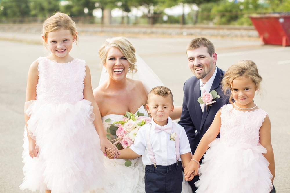 Seriously_Sabrina_Photography_Ashland_Kentucky_Train_Depot_Wedding_Parsons51.jpg