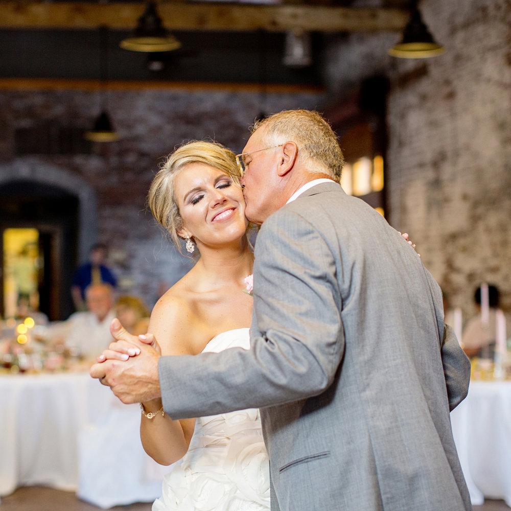 Seriously_Sabrina_Photography_Ashland_Kentucky_Train_Depot_Wedding_Parsons76.jpg