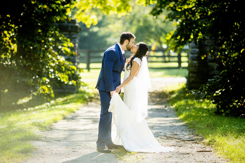Seriously_Sabrina_Photography_Lexington_Kentucky_Horse_Park_Bride_Groom_Portraits_LynaJeff30.jpg