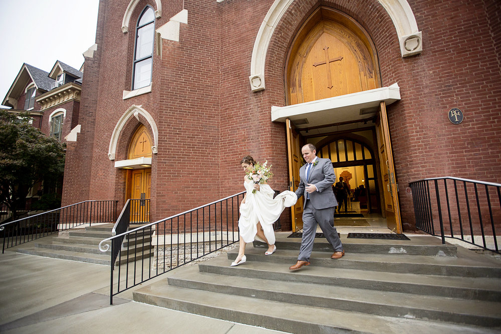 Seriously_Sabrina_Photography_Lexington_Kentucky_Mane_on_Main_St_Paul_Catholic_Church_Mack_Wedding_88.jpg