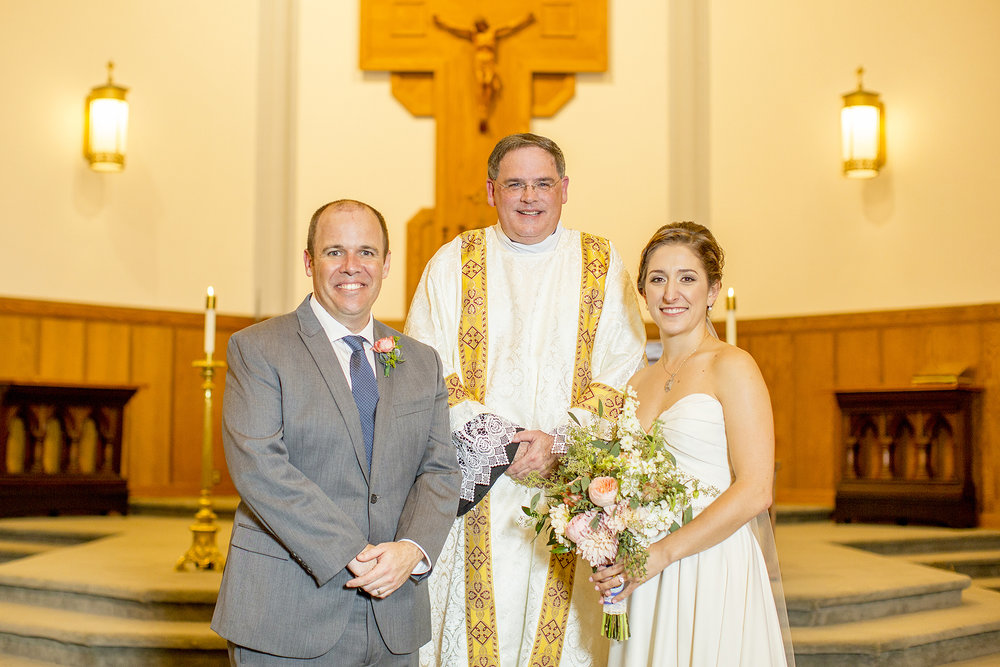 Seriously_Sabrina_Photography_Lexington_Kentucky_Mane_on_Main_St_Paul_Catholic_Church_Mack_Wedding_90.jpg