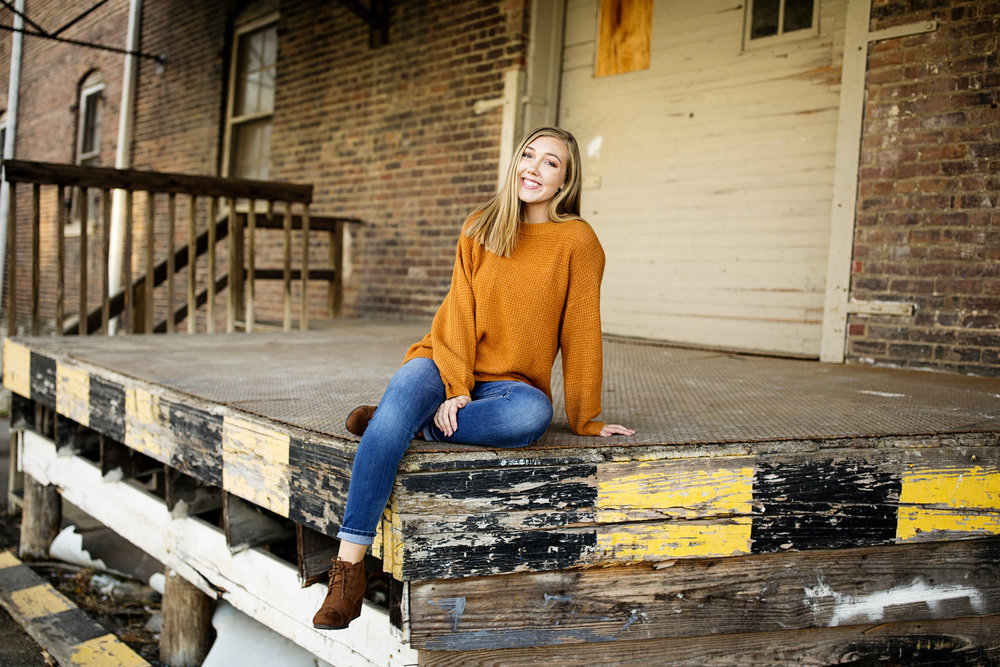 Seriously_Sabrina_Photography_Lexington_Kentucky_High_School_Senior_Camryn_McManis_13.jpg