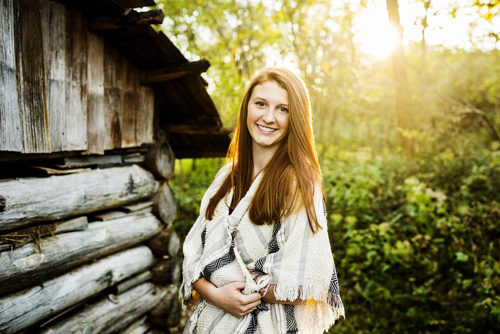 Seriously_Sabrina_Photography_Lexington_Kentucky_Senior_21c_Downtown_McConnell_Springs_ReaganA_16.jpg