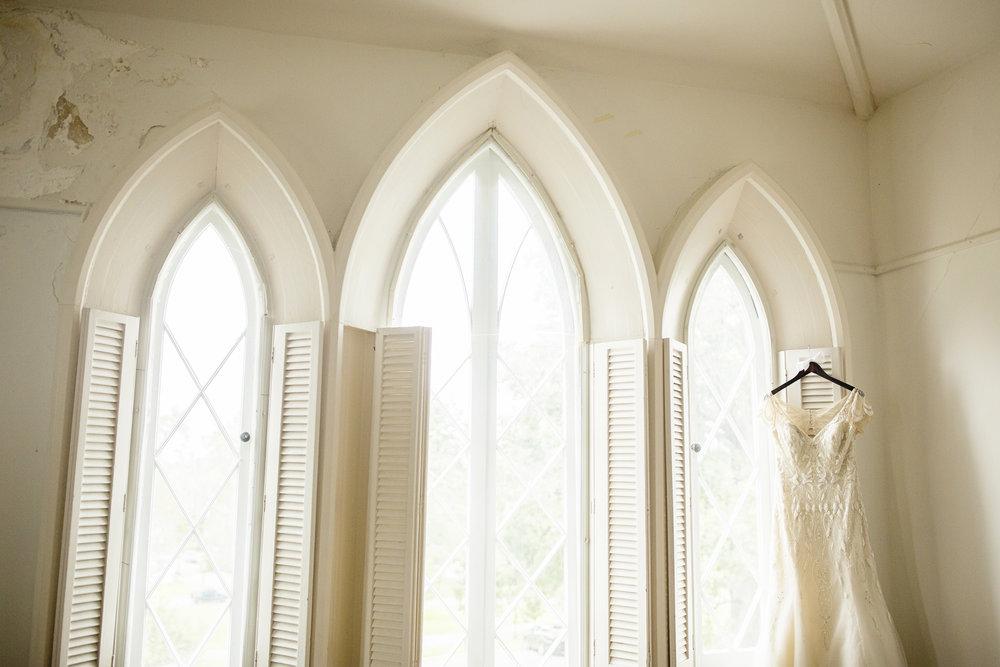 Seriously_Sabrina_Photography_Lexington_Kentucky_Loudon_House_Wedding_GrigoleitByard_5.jpg