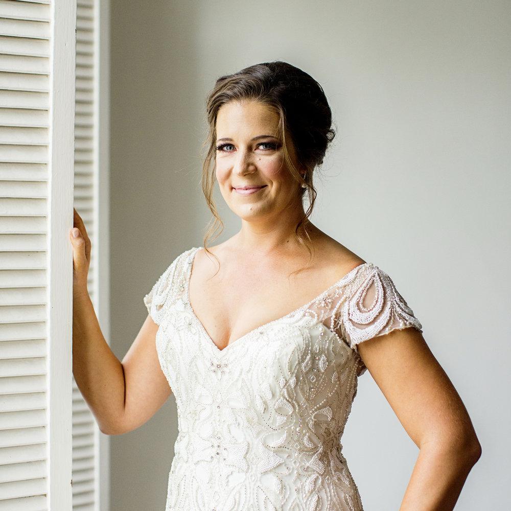 Seriously_Sabrina_Photography_Lexington_Kentucky_Loudon_House_Wedding_GrigoleitByard_22.jpg