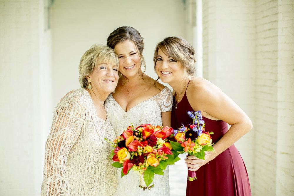 Seriously_Sabrina_Photography_Lexington_Kentucky_Loudon_House_Wedding_GrigoleitByard_29.jpg