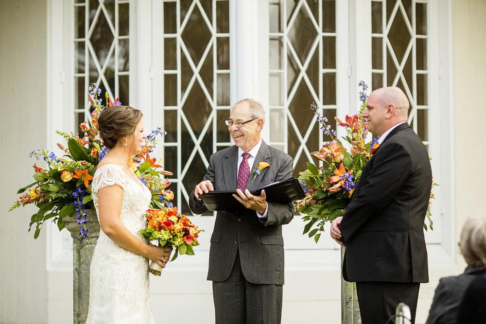 Seriously_Sabrina_Photography_Lexington_Kentucky_Loudon_House_Wedding_GrigoleitByard_71.jpg