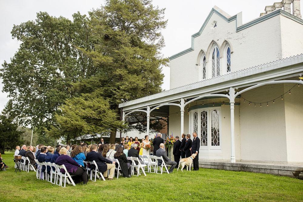Seriously_Sabrina_Photography_Lexington_Kentucky_Loudon_House_Wedding_GrigoleitByard_70.jpg