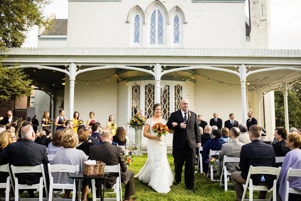 Seriously_Sabrina_Photography_Lexington_Kentucky_Loudon_House_Wedding_GrigoleitByard_78.jpg