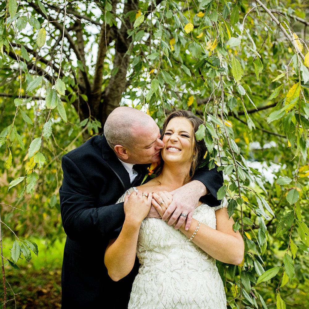 Seriously_Sabrina_Photography_Lexington_Kentucky_Loudon_House_Wedding_GrigoleitByard_94.jpg
