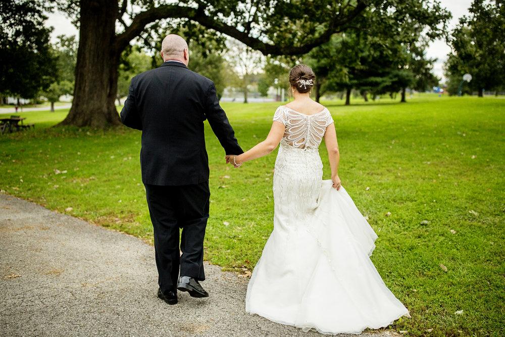 Seriously_Sabrina_Photography_Lexington_Kentucky_Loudon_House_Wedding_GrigoleitByard_99.jpg