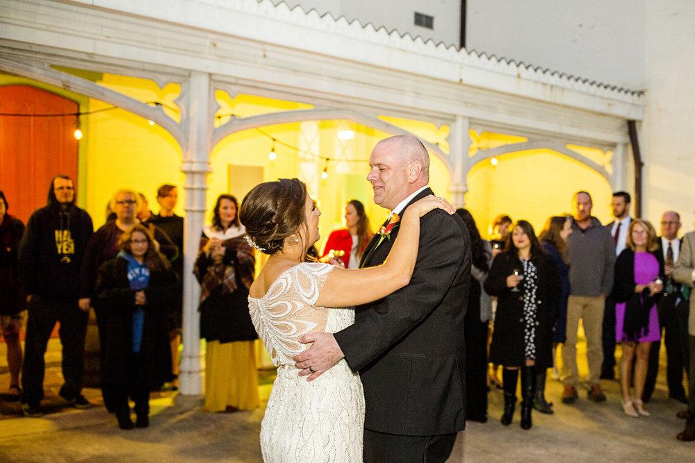 Seriously_Sabrina_Photography_Lexington_Kentucky_Loudon_House_Wedding_GrigoleitByard_129.jpg