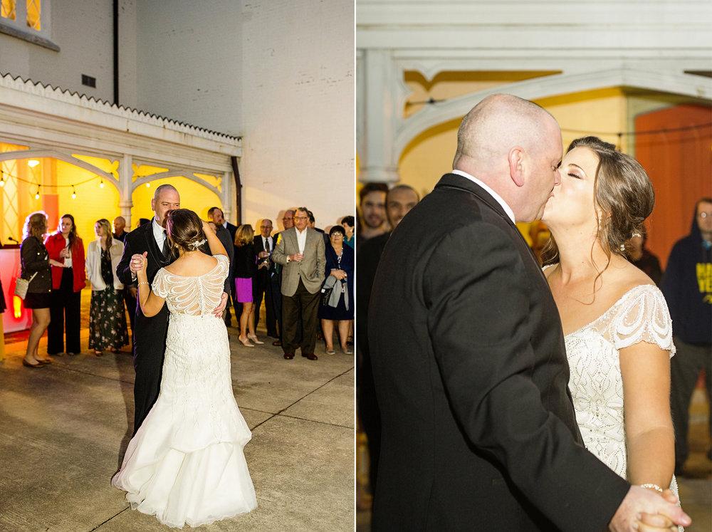 Seriously_Sabrina_Photography_Lexington_Kentucky_Loudon_House_Wedding_GrigoleitByard_130.jpg