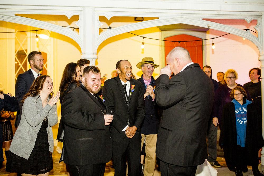 Seriously_Sabrina_Photography_Lexington_Kentucky_Loudon_House_Wedding_GrigoleitByard_131.jpg