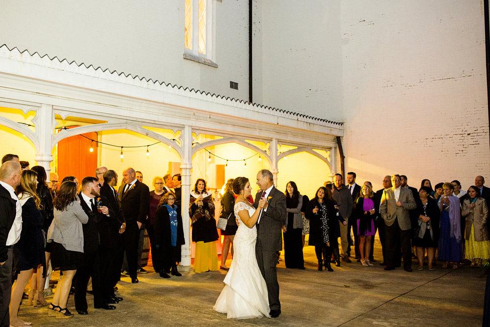 Seriously_Sabrina_Photography_Lexington_Kentucky_Loudon_House_Wedding_GrigoleitByard_132.jpg