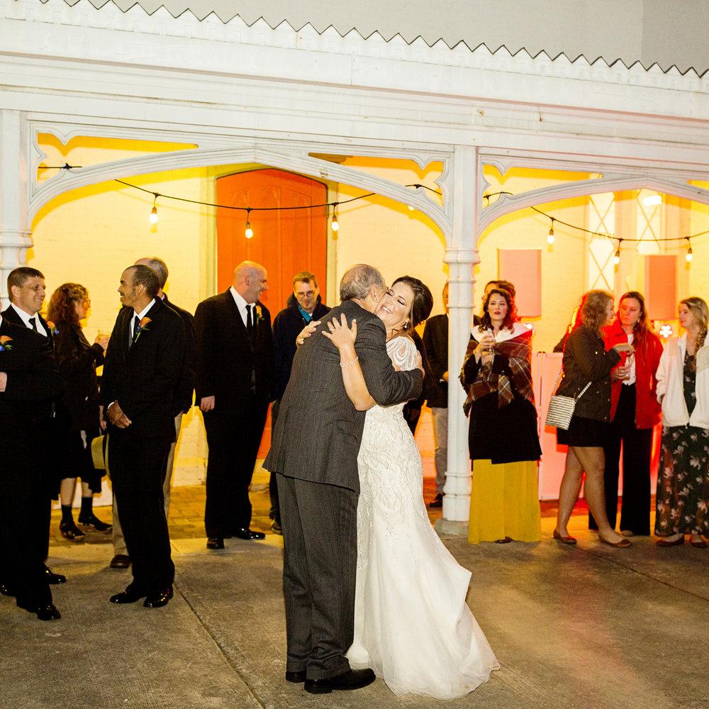Seriously_Sabrina_Photography_Lexington_Kentucky_Loudon_House_Wedding_GrigoleitByard_135.jpg