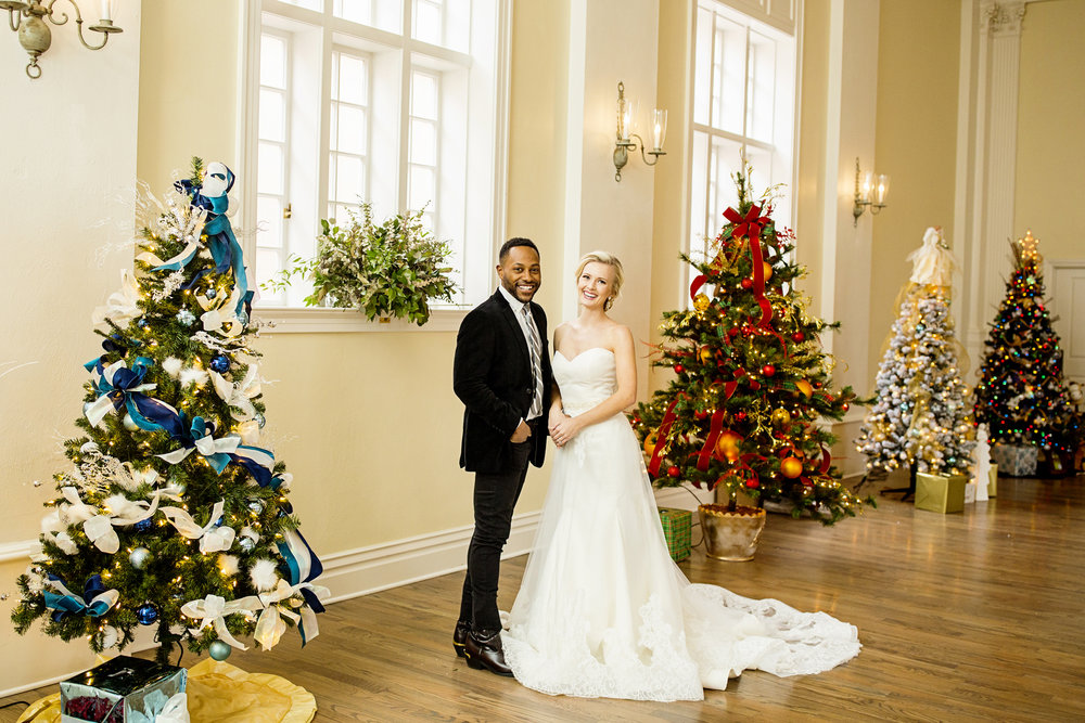 Seriously_Sabrina_Photography_Versailles_Kentucky_Holiday_Galerie_Styled_Shoot_December_2018_19.jpg