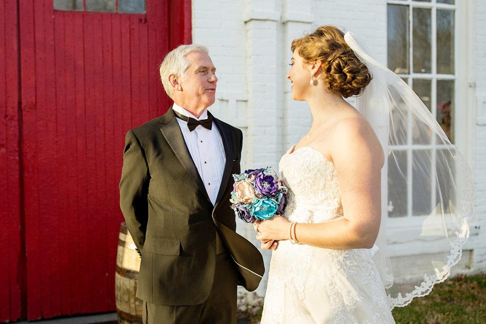 Seriously_Sabrina_Photography_Lexington_Kentucky_21c_Round_Barn_Red_Mile_Wedding_Gorley_42.jpg