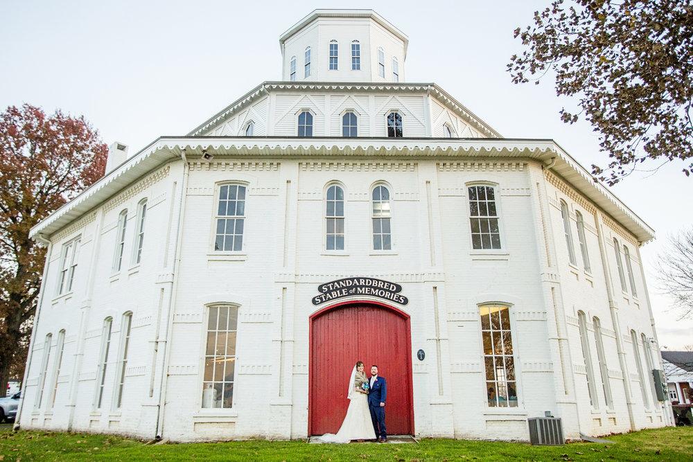 Seriously_Sabrina_Photography_Lexington_Kentucky_21c_Round_Barn_Red_Mile_Wedding_Gorley_46.jpg