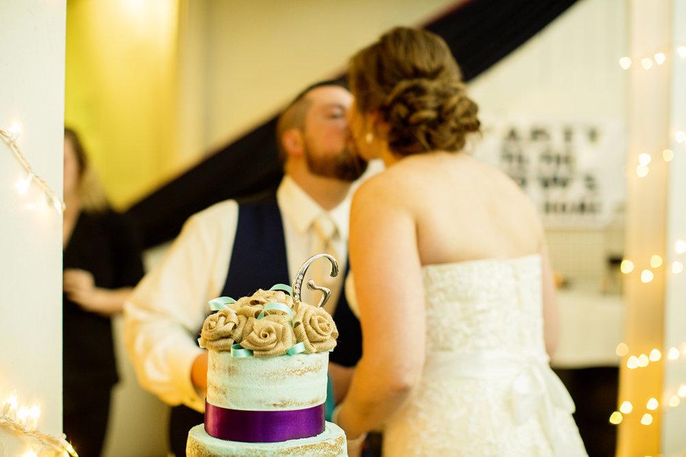 Seriously_Sabrina_Photography_Lexington_Kentucky_21c_Round_Barn_Red_Mile_Wedding_Gorley_110.jpg